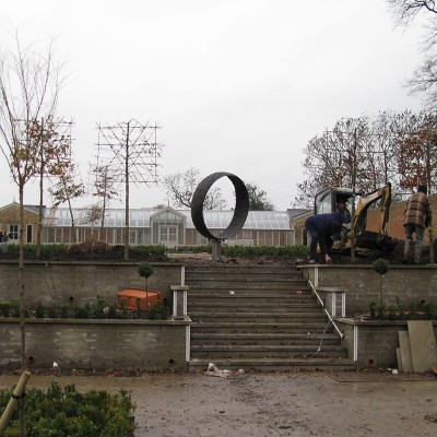 joseph-cals-project-england-garden